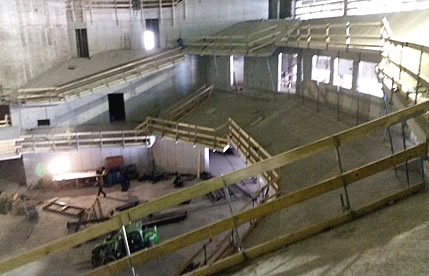 Saal in der Bauphase / Hall in the construction phase